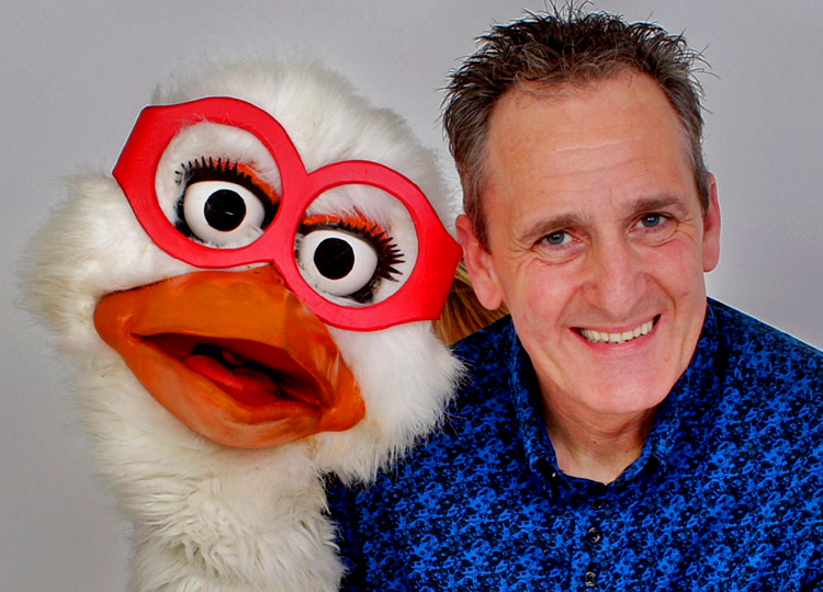 Healthy Eating School Shows and Fun Time Magic School Shows in Worksop, Rotherham, Doncaster, Chesterfield and Sheffield